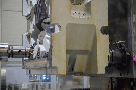Die extrastarken AMF-Module K40-H realisieren bei einem Durchmesser von 148 mm 40 kN Einzugs-/Verschlusskräfte sowie 105 kN Haltekraft.