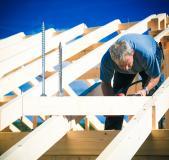 Holzbauschrauben aus dem REYHER-Sortiment bieten in der Montage entscheidende Vorteile