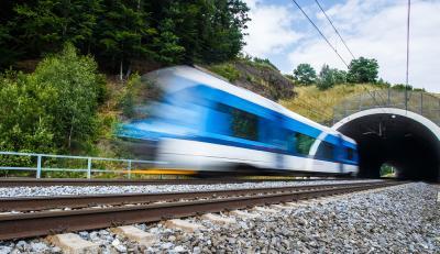 DEHN bietet alles für die Bahnerdung aus einer Hand – Personen schützen und den Bahnbetrieb sichern mit DEHN