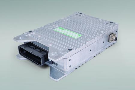 Zuwachs für die ESX-Familie mobiler Zentralsteuerungen: STW stellt anwendungsoptimierte ESX-3CM vor