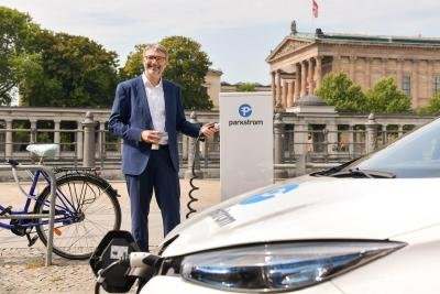 "Parkstrom erhält ""pv magazine highlight top business model"" Award"