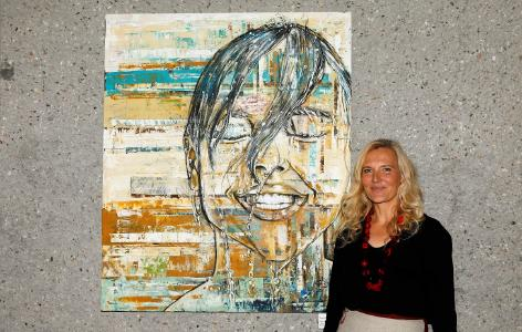 """Was ist real? Noch bis zum 20. Dezember 2019 ist die Ausstellung """"FILTER"""" mit Malerei von Alexandra Birschmann in der Reihe """"Kunst-im Serverhotel"""" bei Heidelberg iT zu sehen. Foto: Andreas Gieser"""
