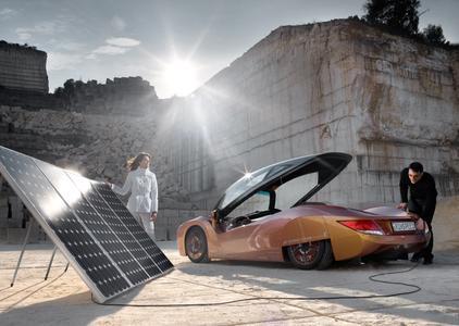 Sharp Solartechnologie für den iChange - Rinspeeds Auto der Zukunft