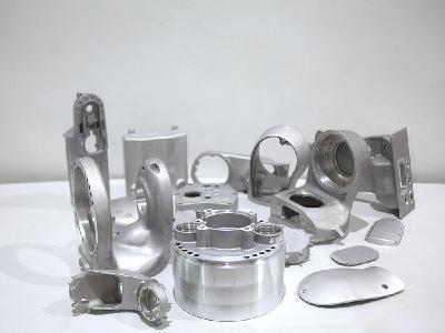 Von Eisenguss über Stahlguss zu Aluminiumguss bis zu hin zu Schmiedeteilen: Grenzebach fertigt hochqualitative, industrielle Gussteile für technische Anlagen aus sämtlichen Werkstoffen