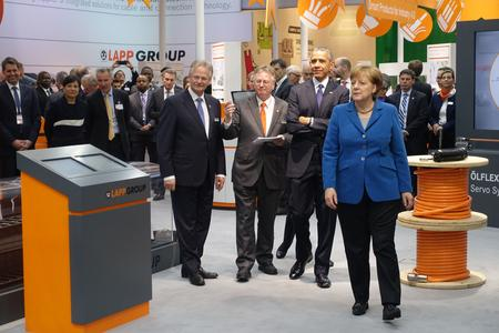 Very important guests at the Lapp stand at Hannover Messe: Barack Obama and Angela Merkel were impressed / Copyright Wolfram Koch