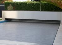 Pool-Abdeckungen von WaterBeck schützen nicht nur das Schwimmbecken vor Verschmutzung. Sie reduzieren auch den Energieverbrauch, da sie die Wassertemperatur konstant halten