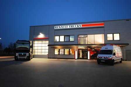 neuer wartungsvertrag start drive von renault trucks volvo group trucks central europe gmbh. Black Bedroom Furniture Sets. Home Design Ideas