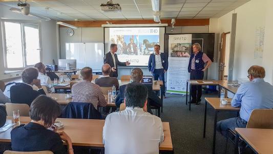 Vice-Präsident der TH Deggendorf und Leiter des ECRI, Prof. Kunhardt, SmartQ-Netzwerkmanager Bernhard Weigl (EurA AG) und Prof. Brotsack, Fakultät NuW TH Deggendorf