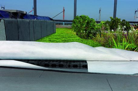 dieser dachaufbau reduziert die hochwassergefahr zinco gmbh pressemitteilung. Black Bedroom Furniture Sets. Home Design Ideas