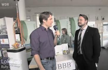 Geschäftsführer Joachim Binotsch im WDR-Interview auf der Job- und Bildungsmesse Erneruerbare Energien & Energieeffizienz im Wissenschaftspark Gelsenkirchen