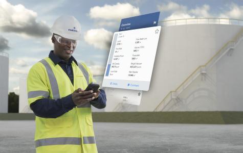 Die Bildunterschrift: Rosemount TankMaster Mobile bietet mobilen Zugriff auf Echtzeit-Tankdaten, stellt alle Tanks innerhalb eines Betriebes übersichtlich dar und ermöglicht die schnelle Anzeige detaillierter Informationen. Dies sorgt für eine effizientere Tanküberwachung