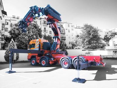 PALFINGER expands global market leadership for truck mounted loader cranes