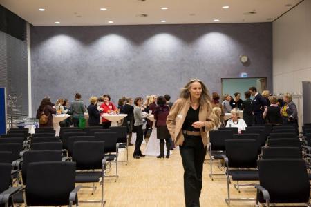 Netzwerktreffen im Regionshaus: Bei der Veranstaltung am 25. Februar geht es um die Wirkung von Vorbildern bei der Berufswahl und Karriereentscheidungen, Foto: Annemarie Bartoli