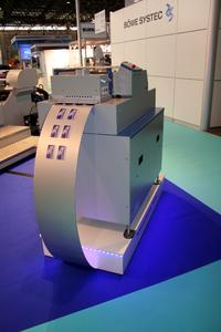 The OC 200 can print cards up to 1.2 mm thickness. Even cards with magnetic stripes, mini SIM or chip recesses can be processed. Thanks to its modular design, the machine can be adapted to the needs of the customer