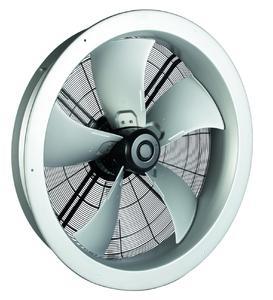 Mit 1250 mm Durchmesser und bis zu 65.000 m³/h Volumenstrom eignet sich der neue Axialventilator mit energieeffizientem EC-Motor selbst für große Kühlaufgaben (Foto: ebm-papst Mulfingen)