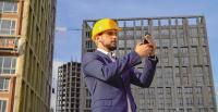 Mit der neuen App QuickIn können Mitarbeiter per Smartphone schnell über Ereignisse informiert werden. Im Notfall kann das wichtige Zeit bringen / Foto: © lin_sky – stock.adobe.com