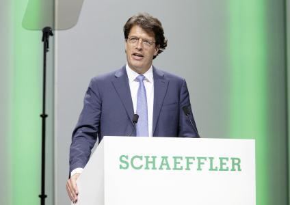Klaus Rosenfeld, Vorsitzender des Vorstands, bei seinem Bericht anlässlich der Hauptversammlung der Schaeffler AG in der Nürnberger Frankenhalle. Foto: Schaeffler