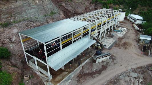Bau des Mühlwerkes in Tahuehueto