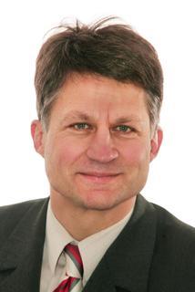 Der erste europäische Preisträger des Edmund Optics Research Award, Prof. Stefan Sinzinger (Foto: © TU Ilmenau/Ingo Herzog)