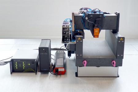 LSTEP express von LANG steuert Nanotechnologie
