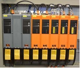 Neue Servotechnik AcoposMulti von B&R für die Dosierzelle SMART - DM 402 mit integrierter Sicherheitstechnik