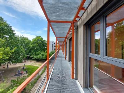 Das Vorab-Pressegespräch zum 1. Deutschen KlimaSchutzTag findet am 28. Juli von 11-13 Uhr in der in Holzmodulbauweise errichteten neuen Kita Harnackstraße 11 in 10365 Berlin-Lichtenberg statt.