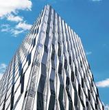 Je höher, desto besser: Mit jedem Stockwerk wächst die Wandfläche, die mit den hochwirksamen Modulen gestaltet werden kann, Foto: TZ/S. Stöber