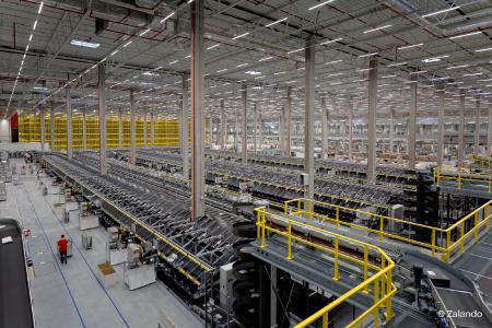 Zukunftssichere Supply Chain dank Körber im Zalando Lounge Logistikzentrum in Polen
