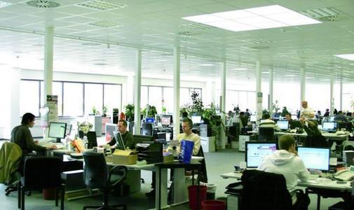 Devil AG startet im neuen Vertriebsbüro personell verstärkt in das Weihnachts-Quartal 2008