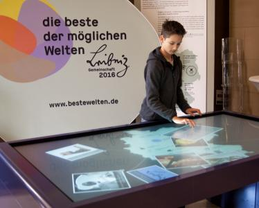 eyevis touch table at Museum Koenig