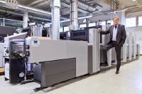 Rolf Henkel, Leiter der Produktion des LASERLINE Druckzentrums, setzt zukünftig auf rein kobaltfreie Druckfarben im Offsetdruck (Quelle: Daniel Isbrecht)