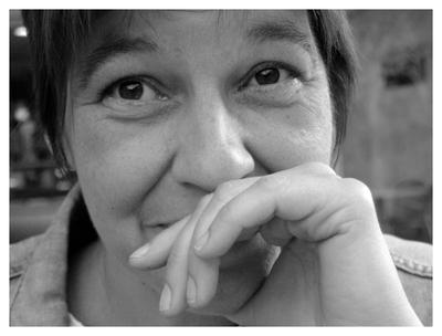 """Claudia Huter, Sprecherin der Sophos Krimi-Hörbücher """"Auf Sieg programmiert"""" (2009) und """"Spam aus dem achten Stock"""" (2008)"""