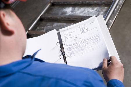 Für viele Anwendungen können die Parameter aus dem WPQR-Paket entnommen und in betriebseigene Formblätter übertragen werden (Foto: EWM AG)