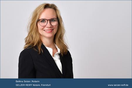 Bettina Selzer, Notar in Frankfurt, zur Abwicklung eines Grundstücks- oder Wohnungskaufvertrages