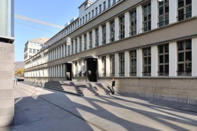 GEZE Türautomatik in den Eingangsbereichen des Sihlpost-Gebäudes (Bildrechte: Max Dudler Architekten AG)