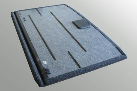 High-quality trunk load floor with minimized warpage and low weight