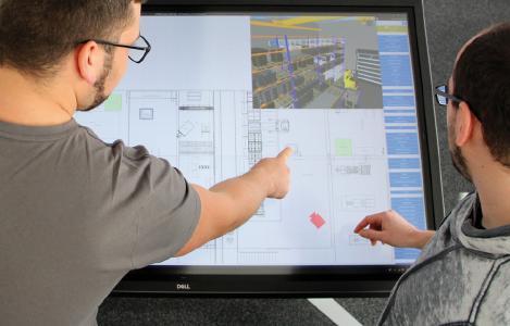 Digitalisierung verändert die Produktionstechnik: Am IPH werden die neusten Trends entwickelt, zum Beispiel der digitale Fabrikplanungstisch mit automatisierten Auswertungstools. (Quelle: IPH)