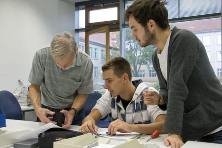 Die TU Ilmenau erreicht im CHE-Ranking erneut Spitzenwerte im Bereich Studiensituation, Betreuung der Studierenden und Ausstattung / Foto: TU Ilmenau/Chris Liebold