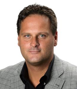 Richard Spitz, Bereichsleiter Corporate Publishing der WEKA MEDIA PUBLISHING, bringt im April das DMAX MAGAZIN an den Kiosk