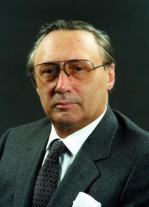 Dr.-Ing. E. h. Georg Schaeffler wäre am 4. Januar 2017 100 Jahre alt geworden. Er starb am 2. August 1996 im Alter von 79 Jahren