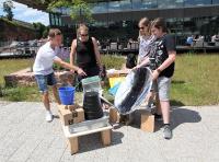 Das Sieger-Team Freiherr-vom-Stein-Gymnasium Betzdorf mit ihrer Wasserentsalzungsanlage