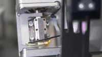Für eine Mikrodosierpumpe war eine präzise Lösung gefragt. Der mit Piezoelektrizität betriebene Motor von PiezoMotor war die Antwort Bild: Ginolis