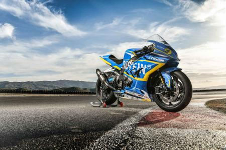 BMW S 1000 RR with thyssenkrupp carbon wheels and Bilstein suspension system