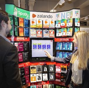ekiosk erweitert das klassische Geschenkkarten-Center mit digitalen Modulen