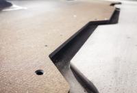 Gratfreie, delaminationsfreie Schnitte mit dem Hufschmied HEXACUT® Eco und Bohrungen mit hohen Toleranzen mit dem FB174 / Bild: Hufschmied Zerspanungssysteme