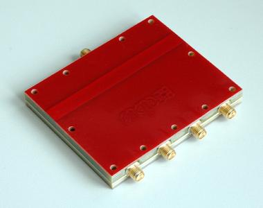 Kleiner 4-fach HF-Koppler 4 GHz  bis  2,5 GHz - CPS4060