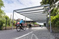 Teilstück des Radschnellwegs Ruhr in Essen  Foto: AGFS/Peter Obenaus, Foto zum Download unter www.agfs-nrw.de/weimarer-dreieck