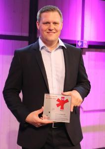 David Kehler nahm den ersten Vertrauenspreis für ebm-papst entgegen