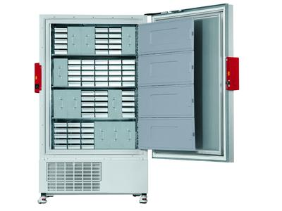 BINDER ultra low temperature freezers efficiently equipped Ideal interior volume