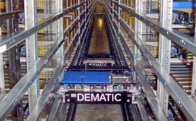 Herzstück der automatisierten Order Fulfillment-Lösung von Dematic für die Protein-Industrie, die speziell für die Lieferkette der Fleisch-, Geflügel und Fischindustrie entwickelt wurde, ist ein Dematic Multishuttle. (Foto: Dematic)